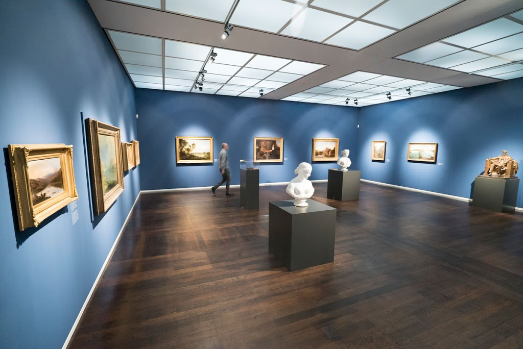 The Wallraf-Richartz Museum and Fondation Corbound