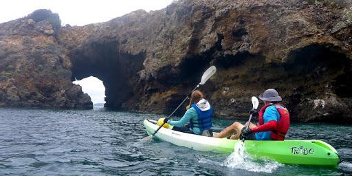 Santa Cruz Island Kayaking