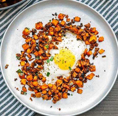 Camping Food Ideas Chickpea Breakfast hash