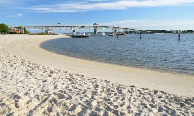 Beaches in Virginia Yorktown Beach