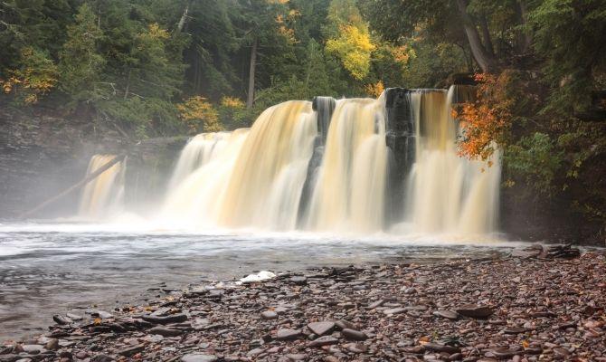 Manabezho Falls, Gogebic County
