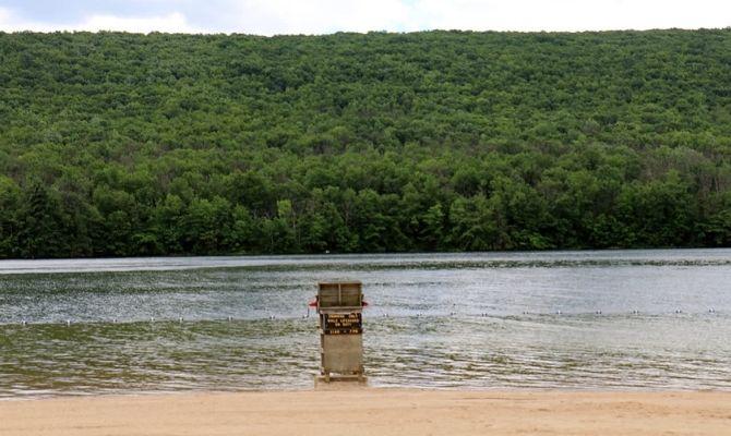 Mauch Chunk Lake Park Beach, Pennsylvania