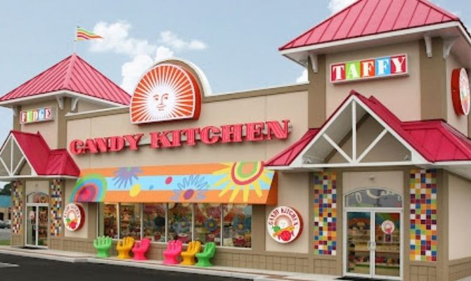Things to Do in Ocean City MD Candy Kitchen